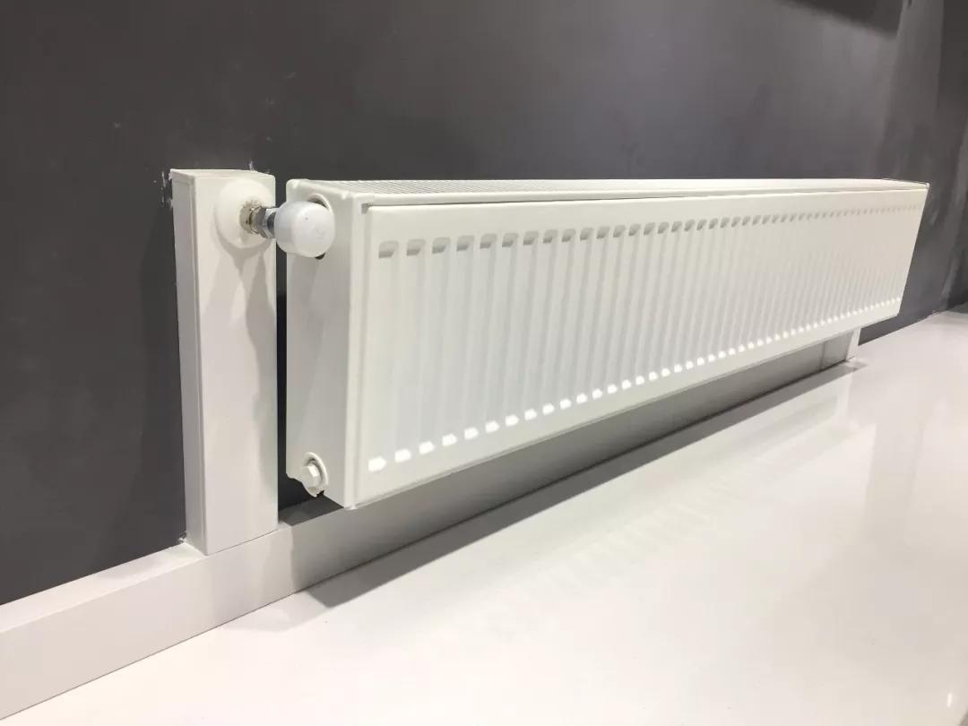 一篇文章告诉你暖气片什么时候装最合适?明装和暗装有什么区别?